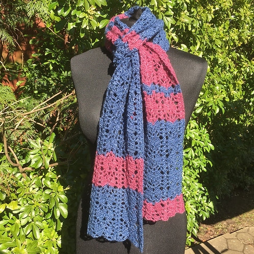 Denim & raspberry Harmony of leaves scarf