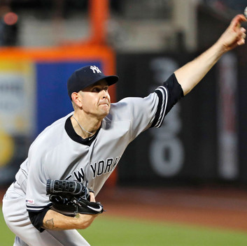 Yankees Blow Lead Late in 4-2 Loss to Mets
