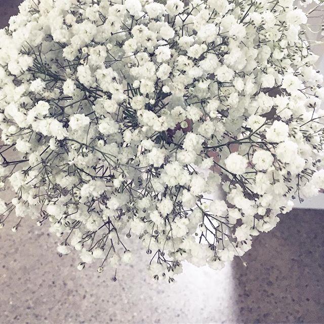 #white #flowerstagram #flowersofig #flower #ristiäiset #kaste #harsokukka #bouquet #christening #bab