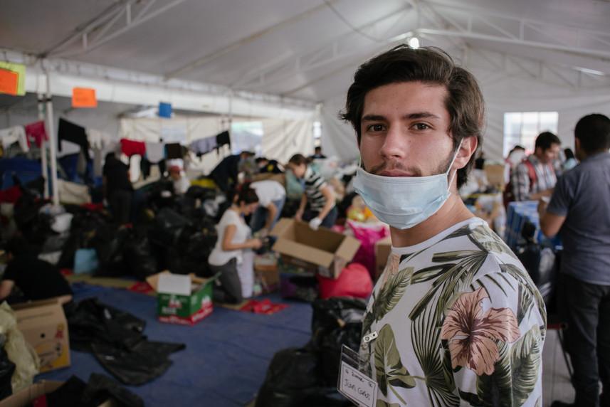Juan_Carlos,_voluntario_del_centro_de_ac