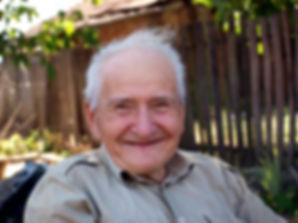Old man smiling.jpg