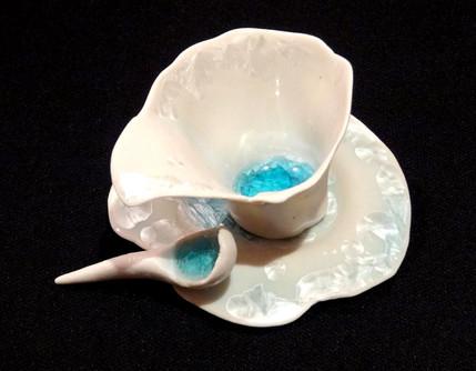 Tazita de porcelana translúcida