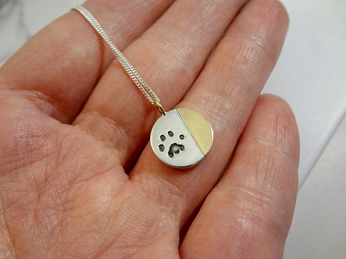 9ct Gold Paw Print Eclipse Necklace