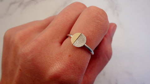Fingerprint jewellery can be fashionable with Angelcasts