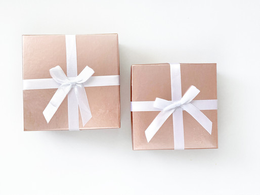 THE ULTIMATE GIFT GUIDE: 5 Unique Sustainable Presents For Friends, Family or Yourself!