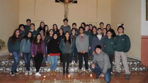 ESTUDIANTES DE CUARTOS  MEDIOS COMPARTEN EXPERIENCIAS Y  ESTRECHAN LAZOS  COMO PARTE DE SU PROCESO F