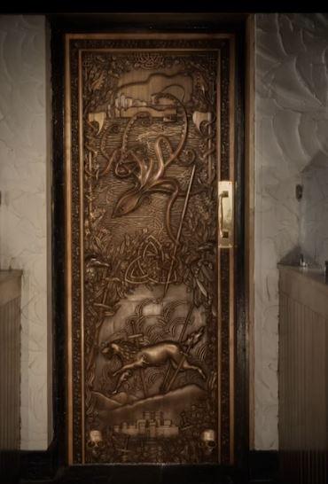 game-of-throne-door-in-situ.jpg