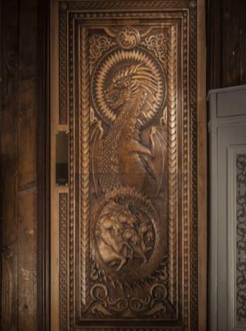 game-of-throne-door-in-situ-3.jpg