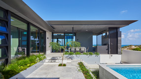 City Beach House 12