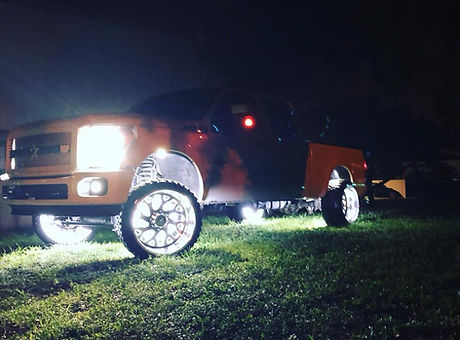 truck nlights.jpg