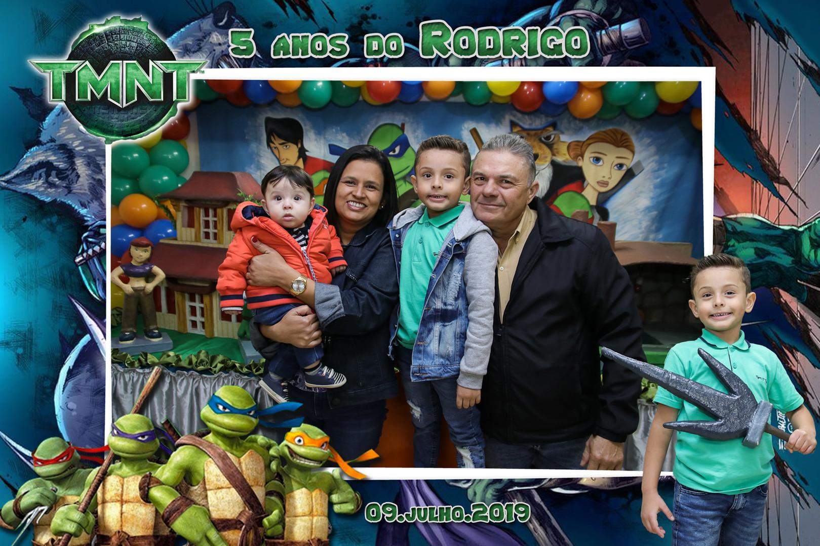 Rodrigo 5 anos (3).jpg