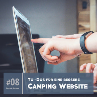 Campingplatz Website auf Laptop, Rezeption