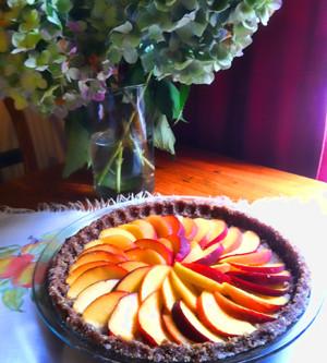 "RAW Peaches and ""Cream"" Pie"