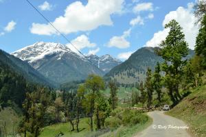 Way to Aru valley