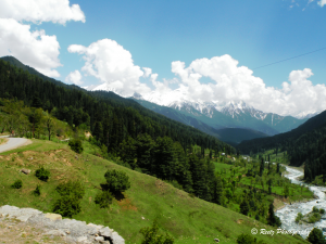 Beautiful valley of Aru