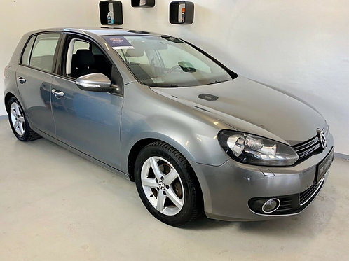 VW Golf VI 2,0 TDi 140 Highline DSG 5d