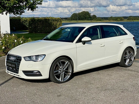 Audi A3 2,0 TDi 150 Ambiente SB 5d