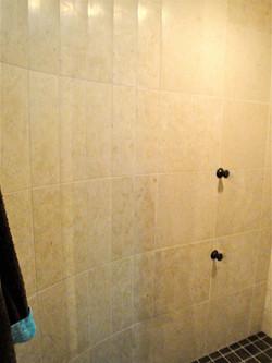 shower008.jpg