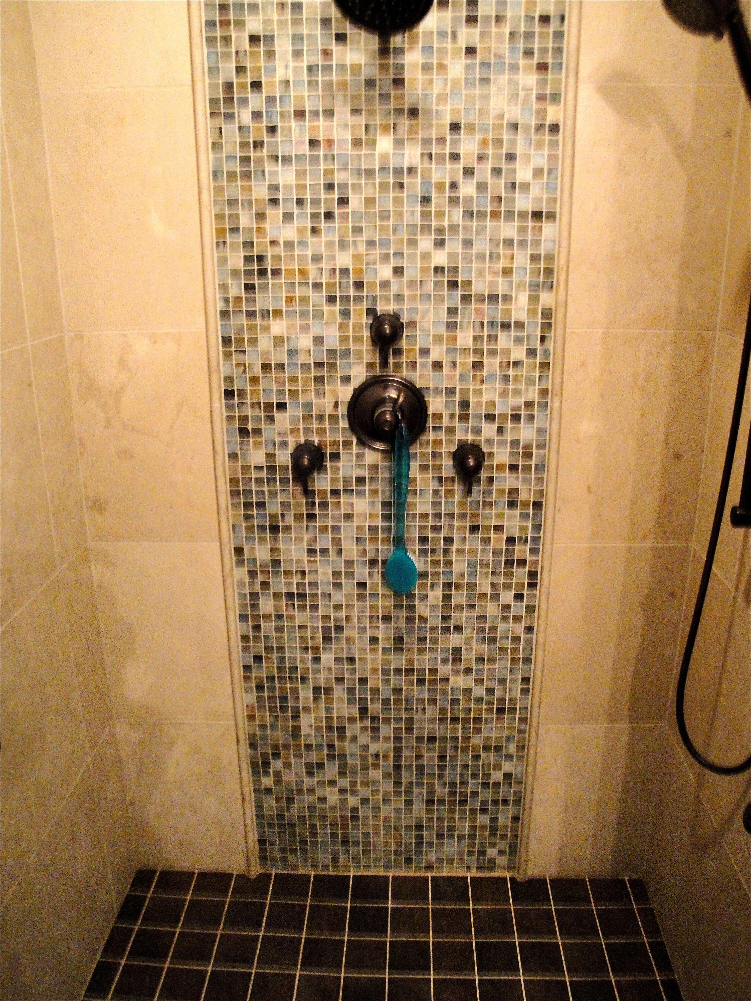 shower007.jpg