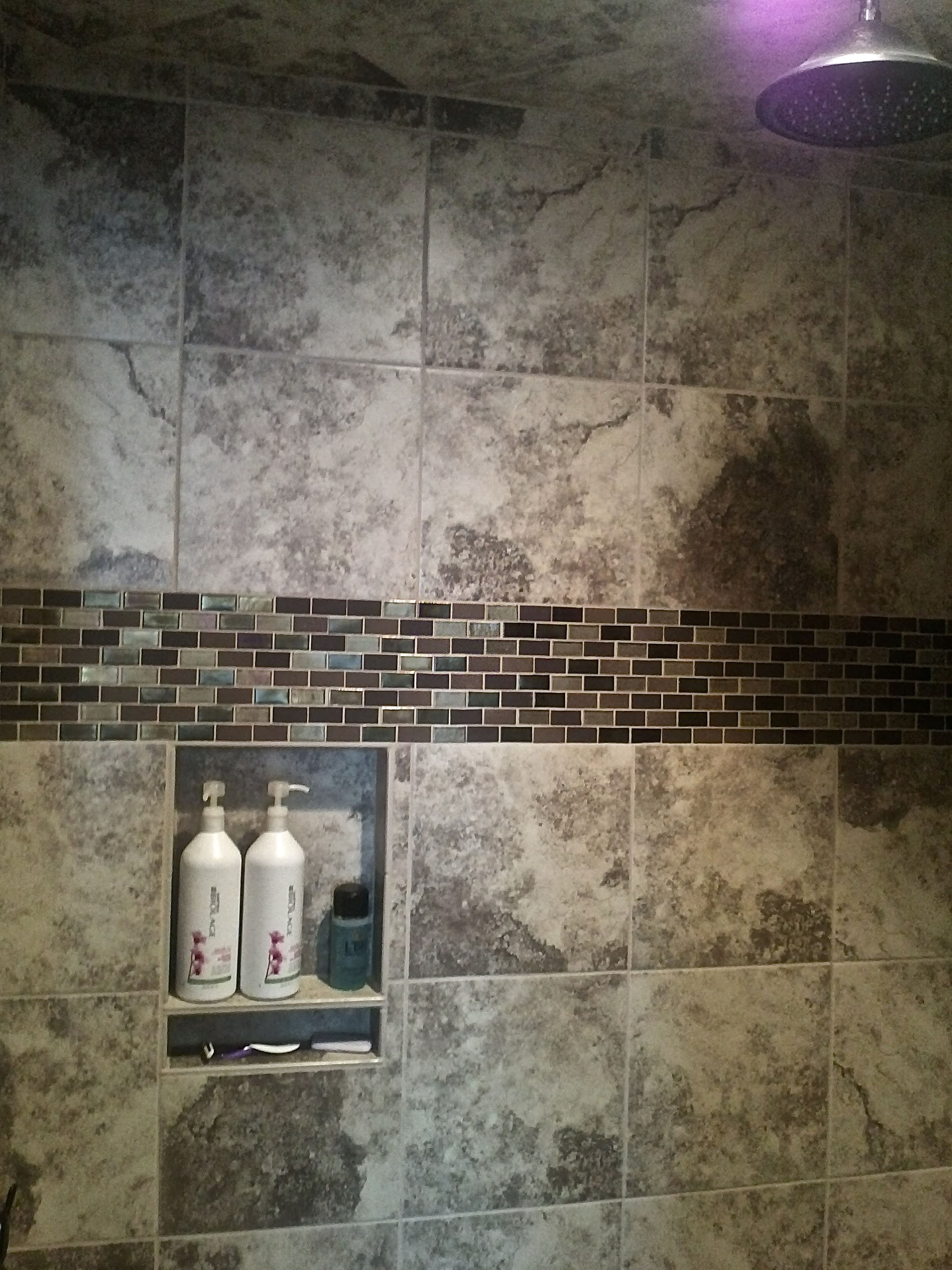 shower124.jpg