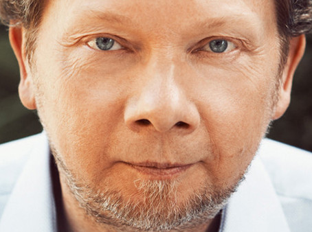 A New Earth by Eckhart Tolle