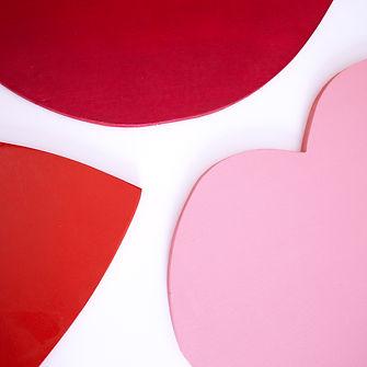 décor événementiel cosmétiques rouge Studio Laur-Anne Caillaud