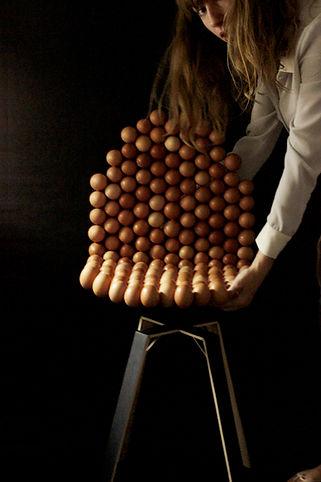 design culinaire, creation artistique, food art, chaise en oeufs