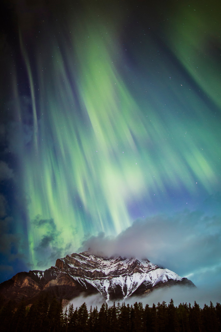 Northern_Lights_Cascade_Banff_Paul_Zizka