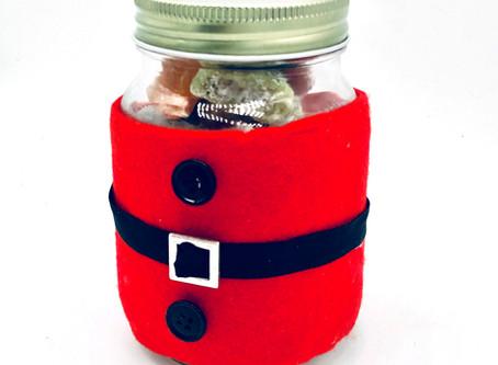 How to make a Santa sweet jar