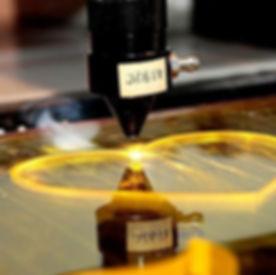 Corte-E-Gravao-A-Laser-Work-Laser-Servio-20151214134326.jpg