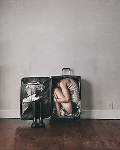 Baggage – Conceptual Fine Art – Lauren Midgley – Wonder+Light, LLC