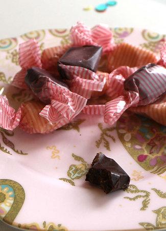CHOCOLATE TAFFY