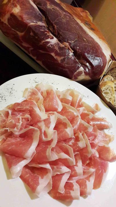 Prosciutto di Parma_1.jpg