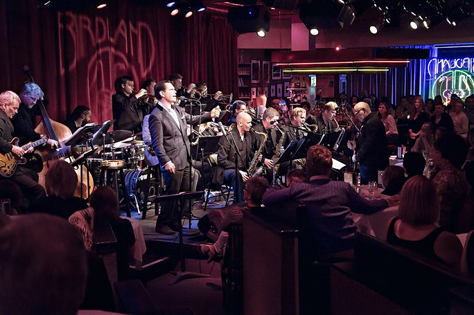 thumbnail_Kurt_Elling_with_Big_Band_300d