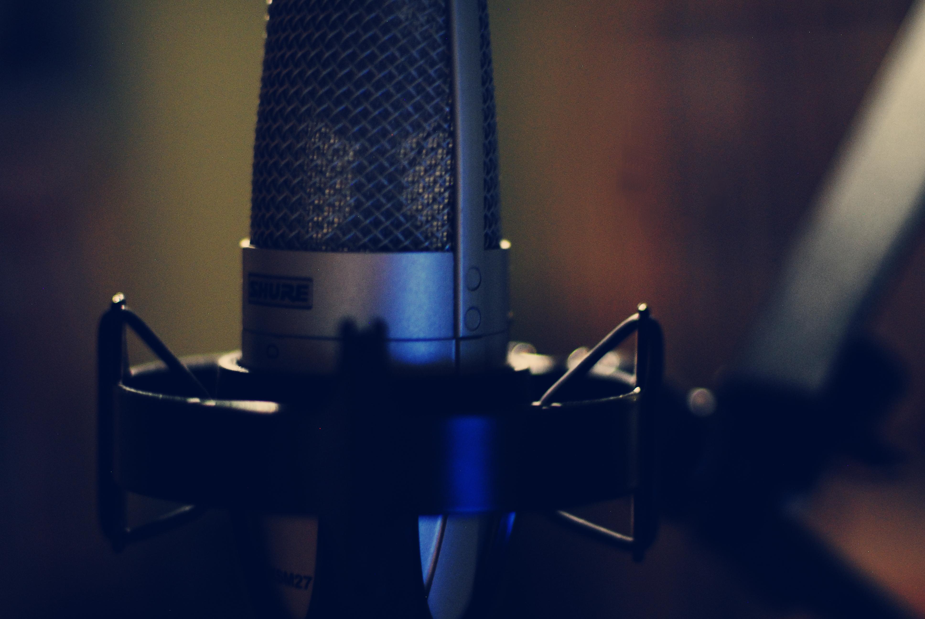 Shure microphone.jpg