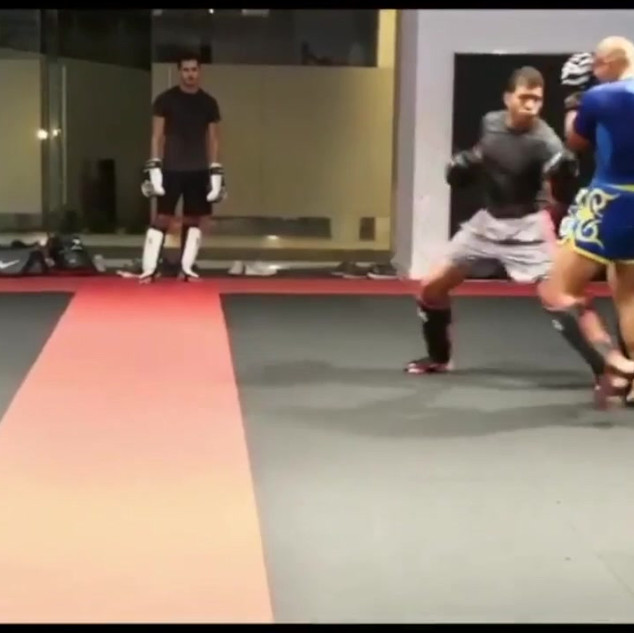 18.10 sparring with the team P2