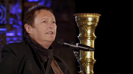 Hans Juergen Buchner oder auch Haindling gibt für die von isar film produzierte Fernsehsendung Zam Rocken ein Konzert