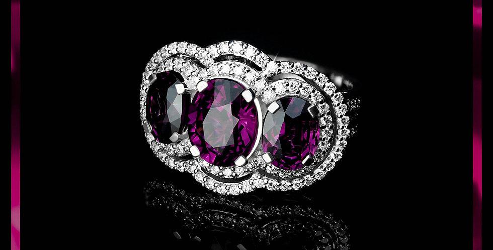 Avantgarde Grape-Garnet Trio Ring