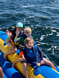 banana boat family pomps.jpg