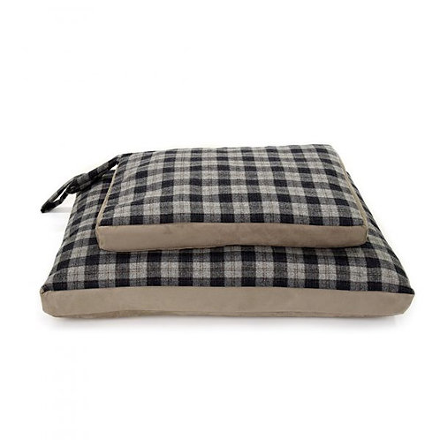 TWEED MILL DOG BED W/ SUEDE BASE - SMALL