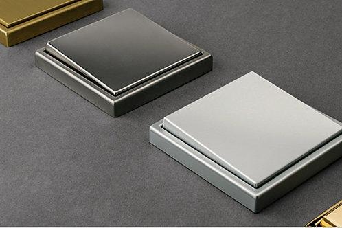 Выключатель Jung серии LS 990 из металла - Elman