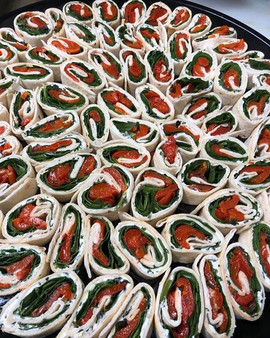 Spinach & roasted pepper pinwheels _#ess