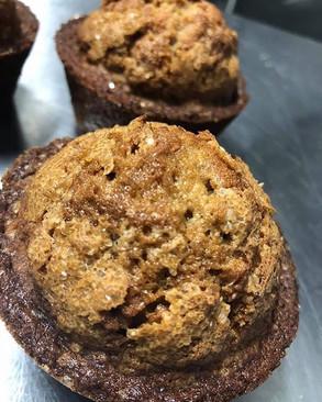 YUMMY, Apple and walnut muffins freshly