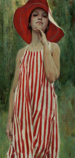 В полосатом платье