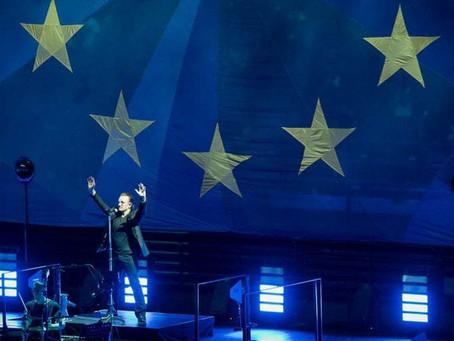 U2 a Milano, Europa, unità e Salvini. Uno show politico che fa tremare.