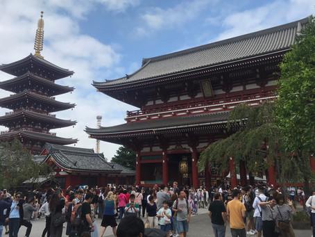 In Giappone a studiare: un impatto particolare.