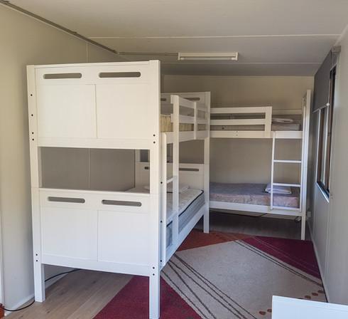 bunk beds cabin 9