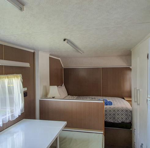 Bed Van 1