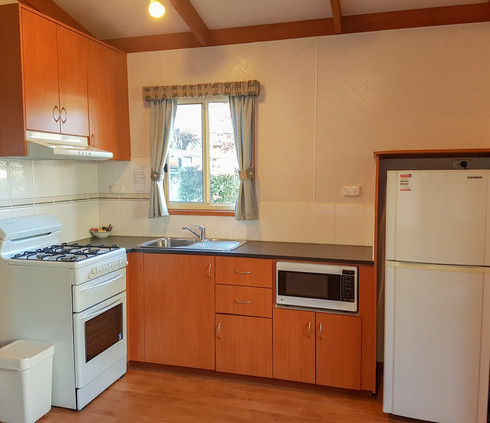 kitchen couples cabin jamieson caravan park