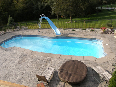 Custom Fiberglass Pools Verses 1 Pieces Fiberglass Pools